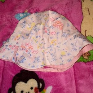 Pink and floral bonnet - reversible
